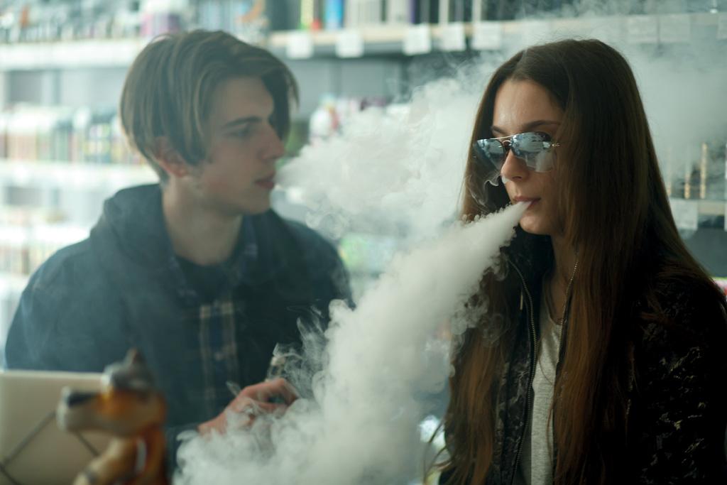 Pourquoi Les Ados Fument Ils Myparenthese